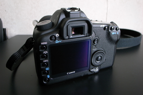 CANON EOS 5D Mark II買いました。